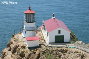 pic_lighthouse_285x190